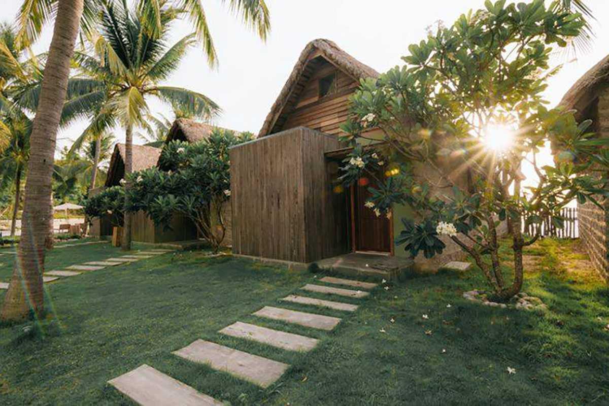 Casa Marina Resort trong nang chieu