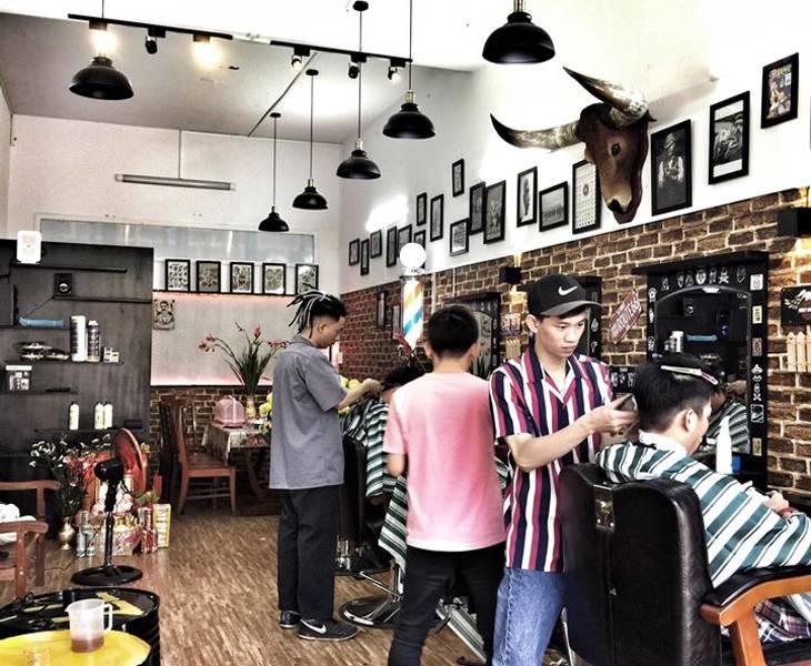 77Barber một tiệm cắt tóc mới hoạt động gần đây nhưng đã được nhiều bạn trẻ đón nhận - Ảnh: 77 Barber