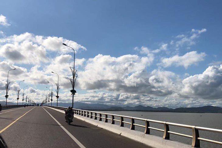 Cầu Thị Nại cây cầu vượt biển xinh đẹp và từng là một trong những cây cầu vượt biển dài nhất Việt Nam - Ảnh:ST