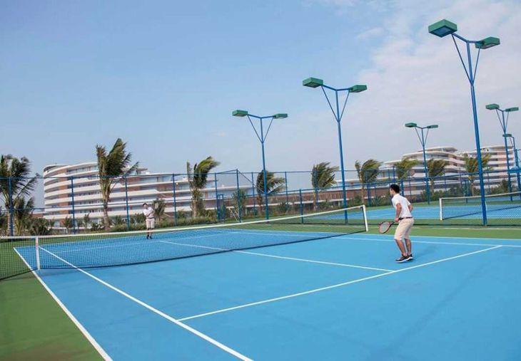 Sân tenis tại FLC Quy Nhơn là một trong những hoạt động rất sang trọng tại FLC - Ảnh:ST