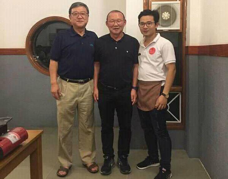 Chủ quán là một người bạn của Thầy Park của tuyển Việt Nam - Ảnh:ST