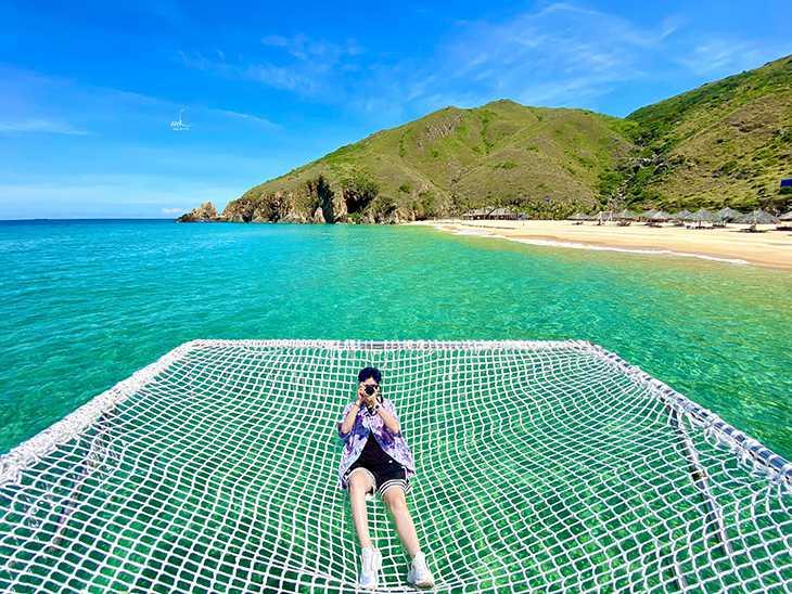 Thả lòng mình vào biển - Nhưng chưa chạm nước :D :D