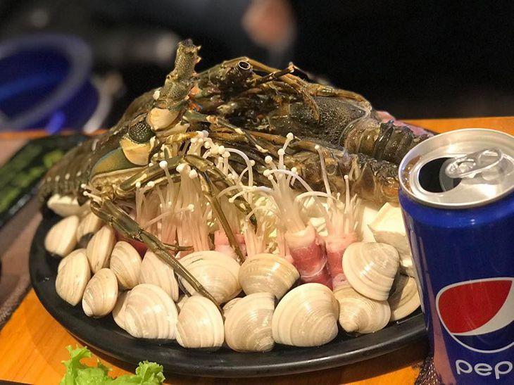 Các món hải sản là điểm nhấn ở đây, tươi, ngon, ngọt - ảnh:ST
