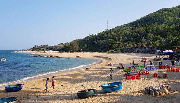Cuộc sống thanh bình bên biển bãi Xếp Quy Nhơn -Ảnh:ST