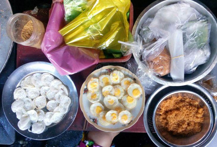 Quán bánh bèo chị Kiều, nằm ở Chợ Đầm nên khi đi mua sắm nên ghé thưởng thức nhé - Ảnh:ST