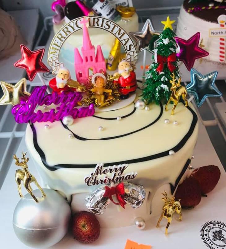Bánh sinh nhật nhiều hình dáng, và hương vị cũng rất ngon