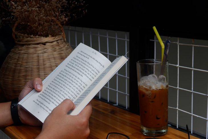 Cà phê Ngõ là một địa điểm rất được yêu thích cho các bạn sinh viên, các cán bộ làm việc - ảnh:ST