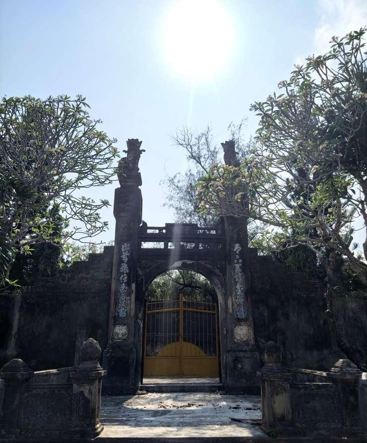 Cổng chính vào chùa Thập Tháp - Ảnh: Sơn Ca - top10quynhon
