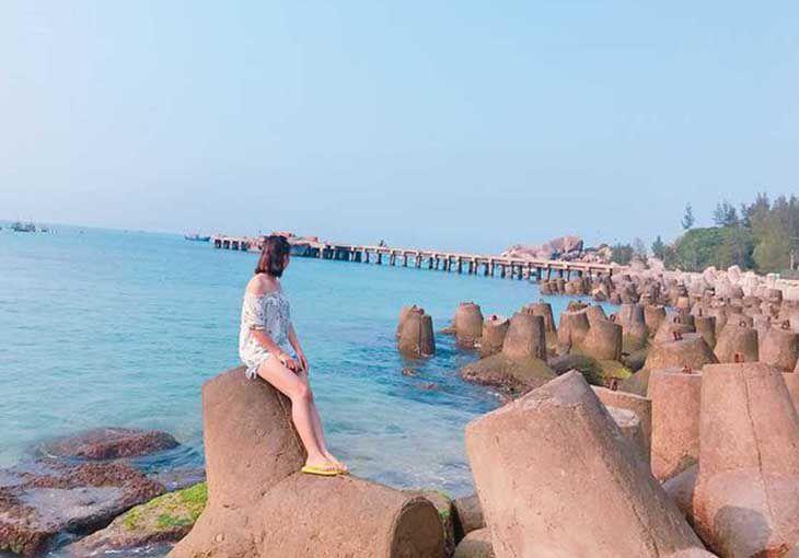 Biển đảo xinh đẹp đang chờ bạn nhé, đừng quên liên hệ 0961118365 nhé