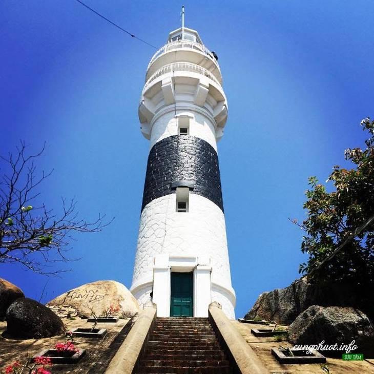 Khám phá ngọn hải đăng Cù Lao Xanh - Ảnh:ST