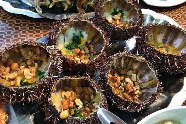 Thưởng thức cơm trưa hải sản đặc sắc, tươi ngon từ biển cả - ảnh:ST