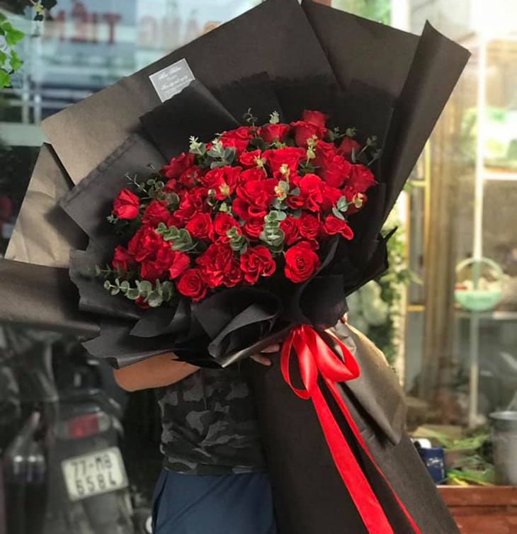 Mẫu mã đẹp mắt, hoa tươi và rất nhiều loại hoa - Ảnh:ST