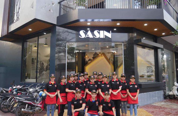Quán Mì Cay Sasin, một trong những hệ thống mì cay ở Quy Nhơn rất được lòng thực khách - Ảnh:ST