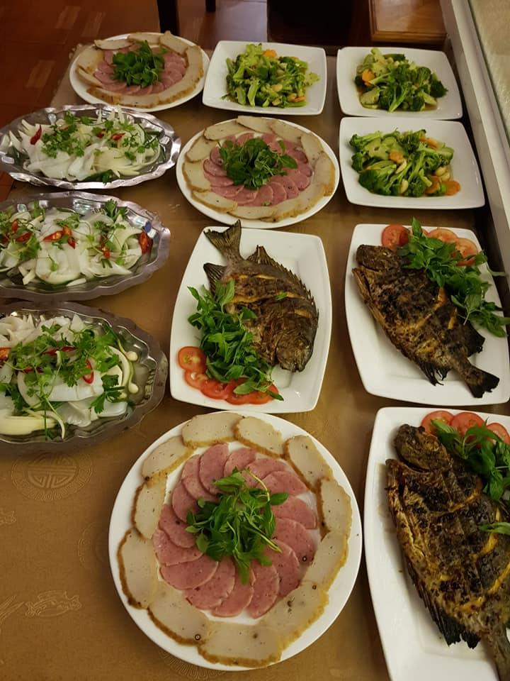 Nhiều món ngon đang đợi bạn ở nhà hàng mộc Viên đấy!