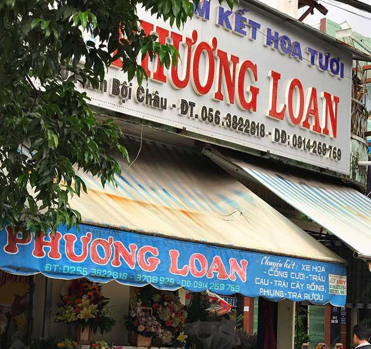Shop Hoa Phương Loan, tọa lạc trên đường Phan Bội Châu, là một địa chỉ thân thuộc - Ảnh:ST